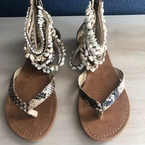 Zigisoho Sandals